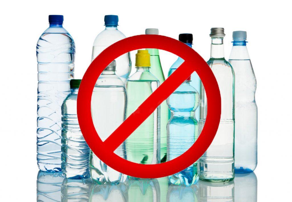 Có nên uống nước đóng chai bình?