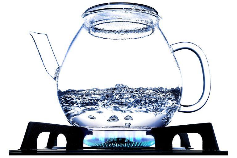 Nước máy đun sôi uống được không?